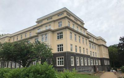 Historisches Klinikgebäude auf dem Campus der Uni Gießen